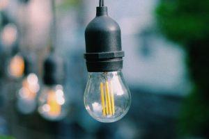 Ampoules à basse consommation d'énergie - Trung Pham Quoc - Unsplash