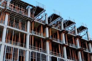 Immeuble en construction / Tolu Olubode / Unsplash