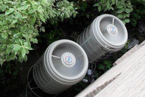 Section extérieure d'une pompe à chaleur - Kristoferb - Wikimedia Commons