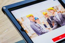 Tablette avec artisans / Proxyclick Visitor Management System