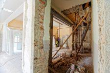 Travaux de rénovation / Milivoj Kuhar / Unsplash